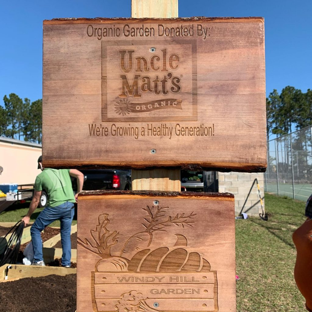 Uncle Matt's Organic donates organic garden to community